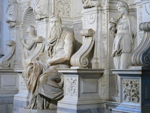 פסל משה רומא