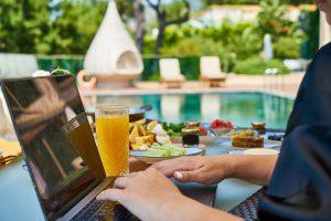 בעלי צימרים ומלונות איך תבחרו את ספק האינטרנט האידאלי ביותר